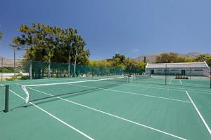 AISCT_tennis_0I9A5026-300x200